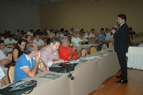 Prefeito-Amazonas-participaram-Tribunal-Contas_ACRIMA20121209_0011_15